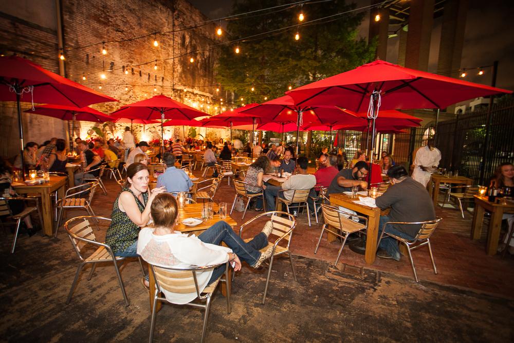 downtown-houston-restaurant.jpg