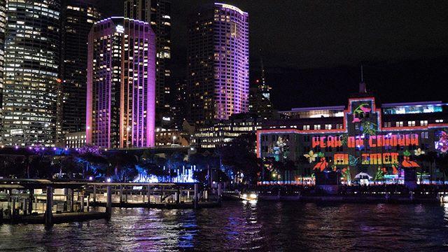 VIVID lights on Sydney Harbour  #vividsydney #sydneyaustralia #sydneyharbour #vivid #vividvisual