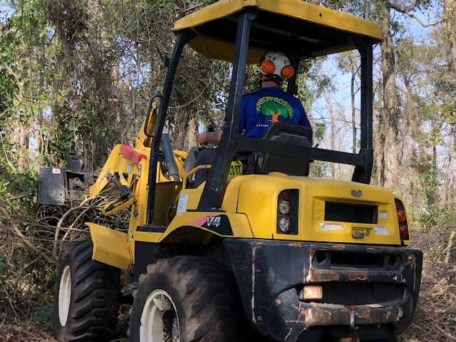 Yanmar V-4 Tractor with Grapple