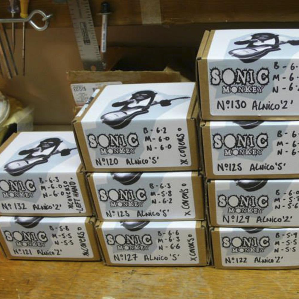 Alnico 2 and Alnico 5 Stratocaster pickup sets