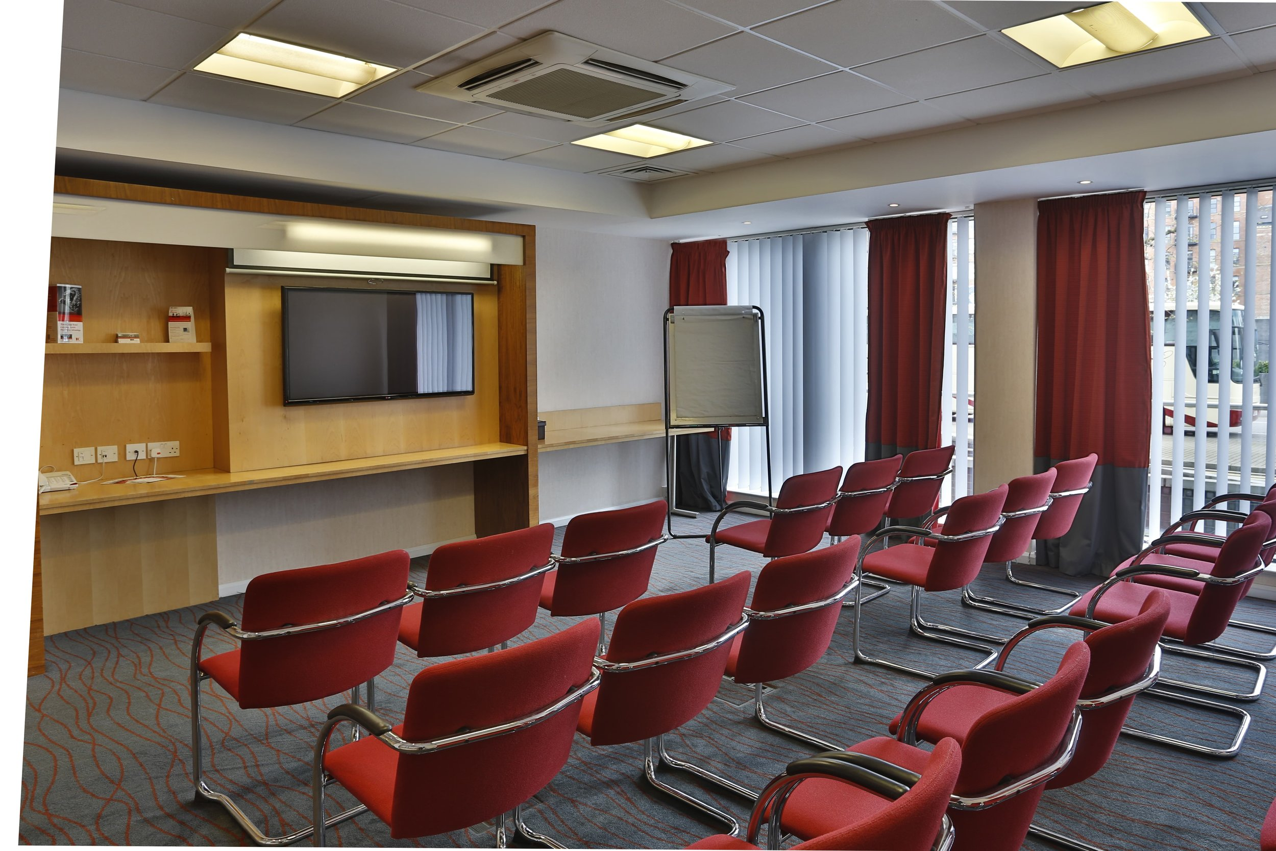 Meeting-room-Theatre-min.jpg