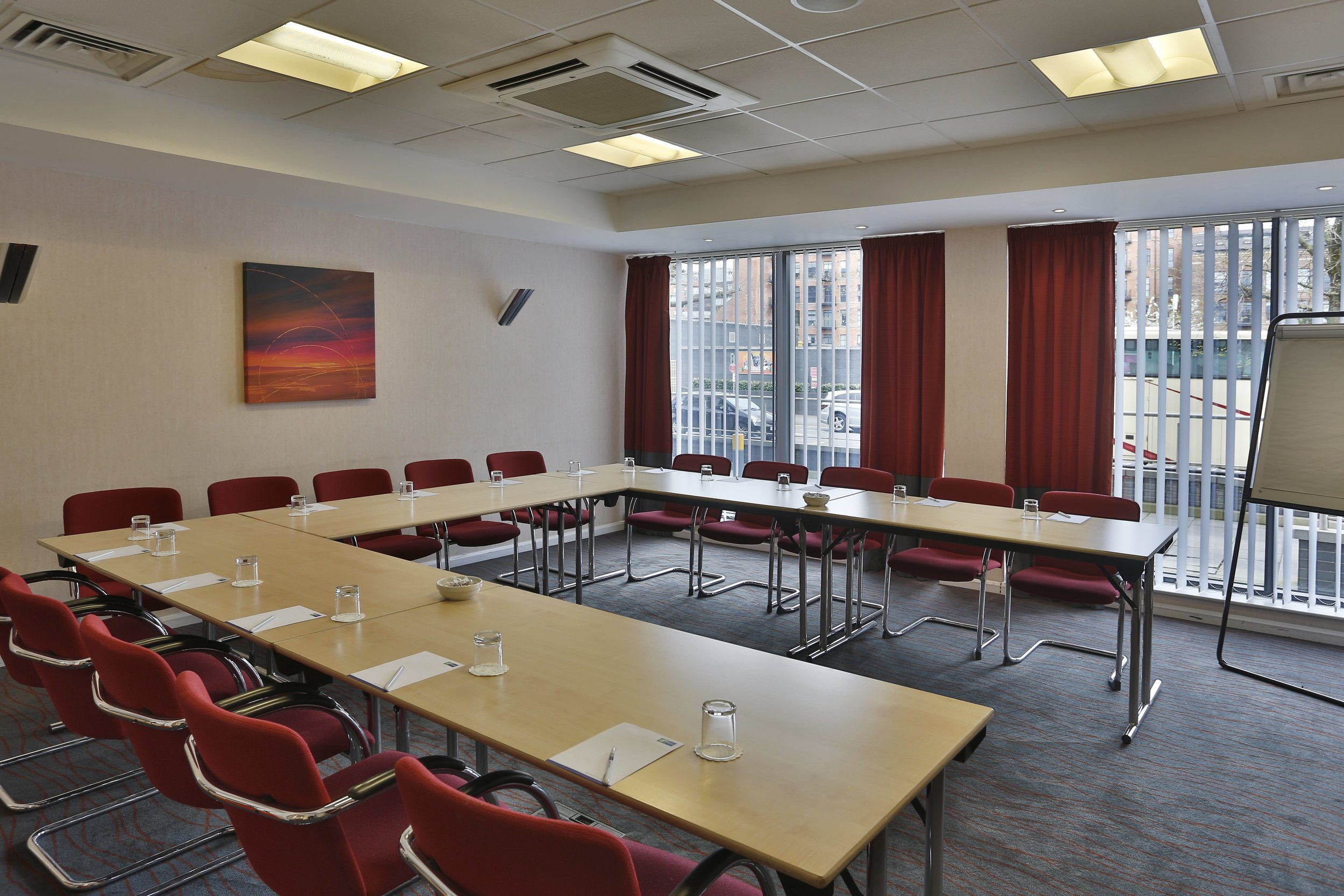 Meeting-room-U-Shape-min-2.jpg