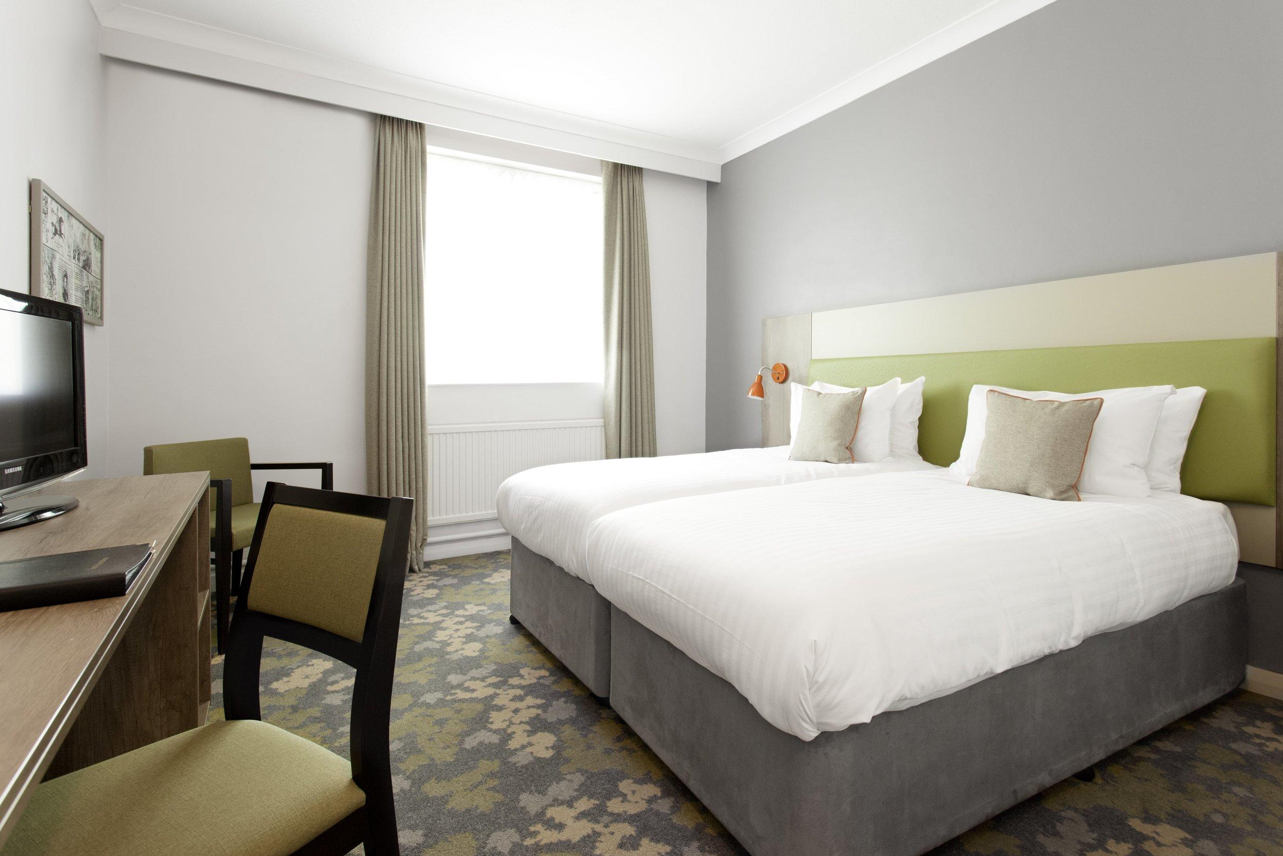Room-_136-min.jpg
