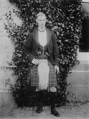JOHN WILLIAM MACGILLIVRAY, 13TH CHIEF