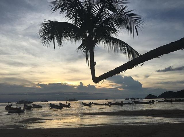 Our customers travel to some beautiful destinations for their procedures and we love to see the photos 🥰 #medicaltourism #destination #travel #ivf #cosmeticsurgery #share #dental #surgery #sunset #thailand