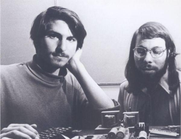 Co-founders-Steve-Jobs-and-Steve-Wozinak.jpg