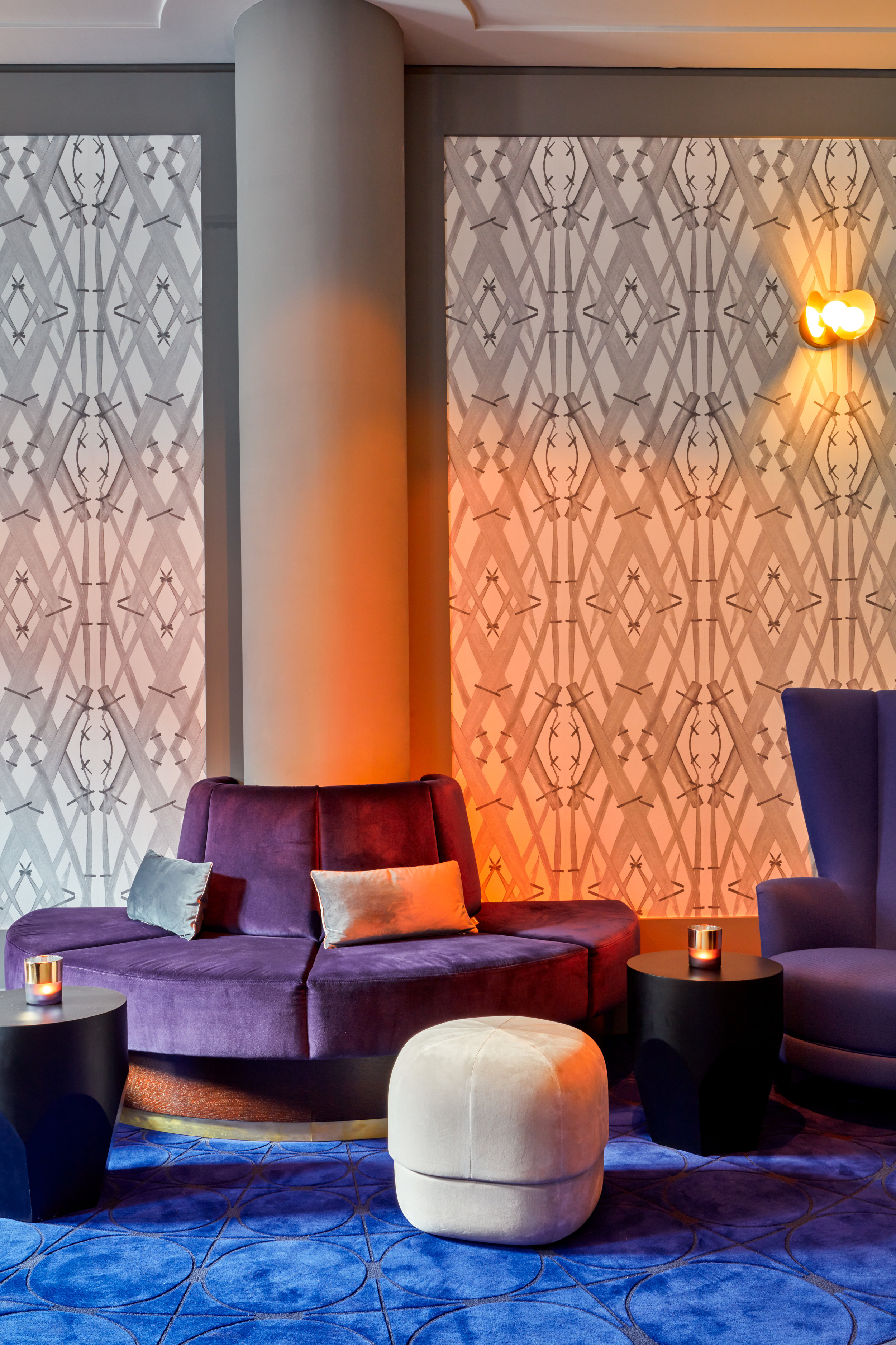 Hotel lobby with Meadow Grass White wallpaper
