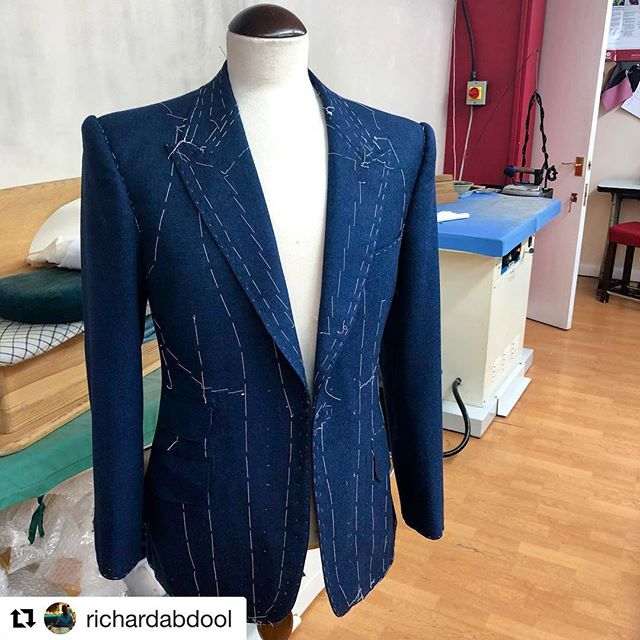 Well done Richard on your first handmade bespoke suit ✂️  ・・・ #Repost @richardabdool ・・・  First of many @savilerowacademyuk #bespoke #savilerow