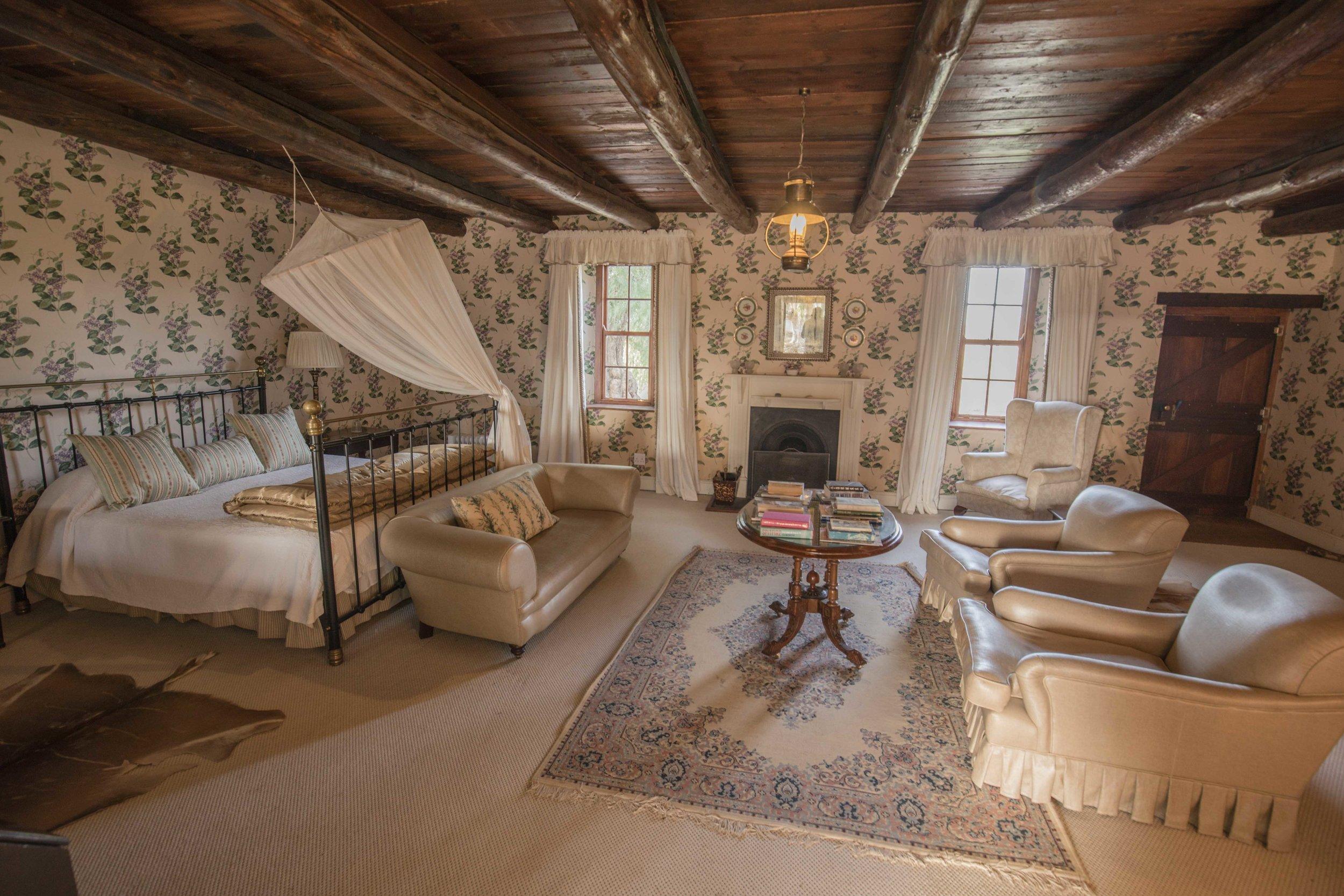 Madras Violet Luxury suite