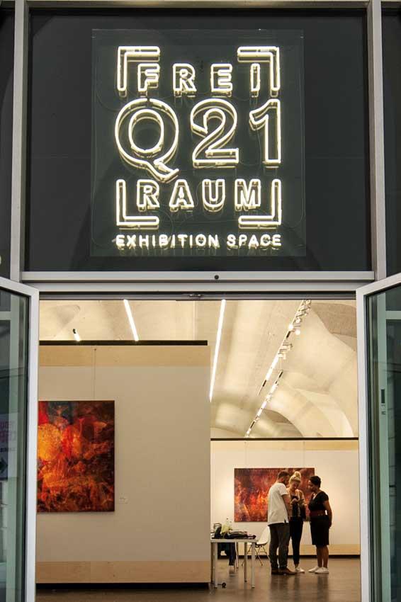 ROYAL CHAOS @ ENTER ART FOUNDATION  27.10.2018 - 03.11.2018 Bunker K101, Körnerstrasse 101, 50823 COLOGNE