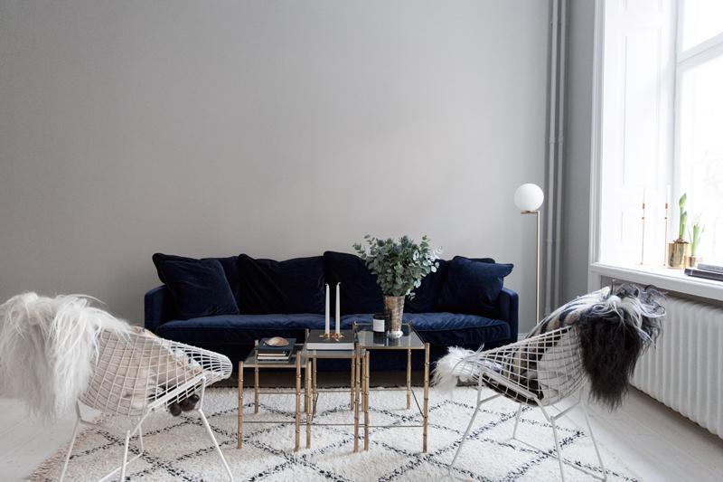 Beni-Ourain-rug-and-velvet-couch.jpg