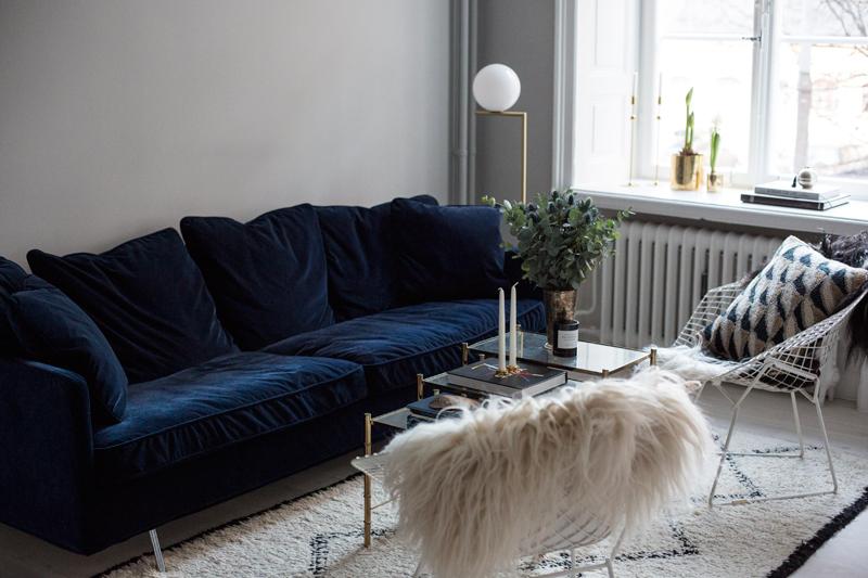 blue-velvet-sofa.jpg
