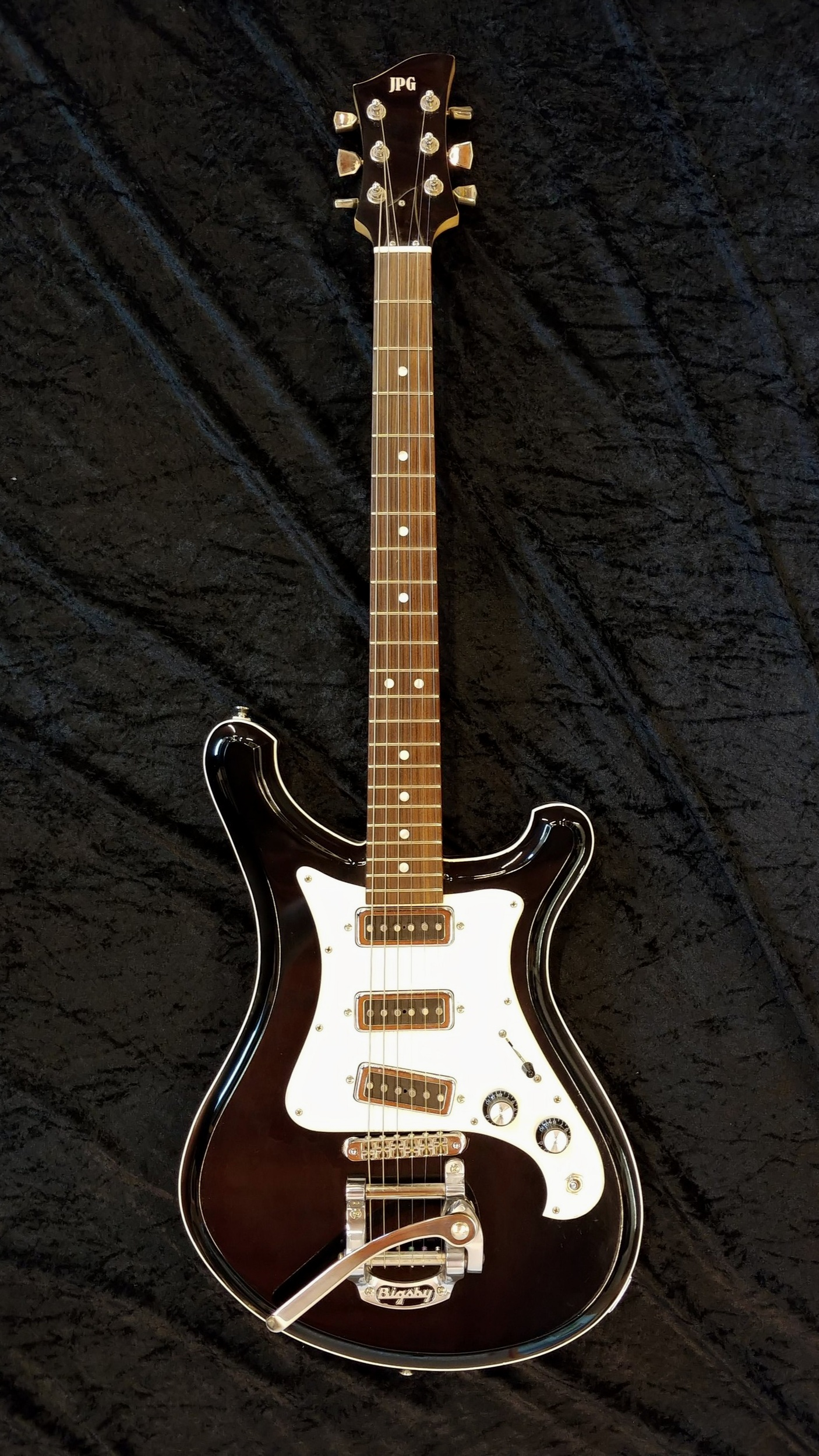 Glass Hammer - Classic 60's Styling with modern High-End construction and playability.Starting From £1,900