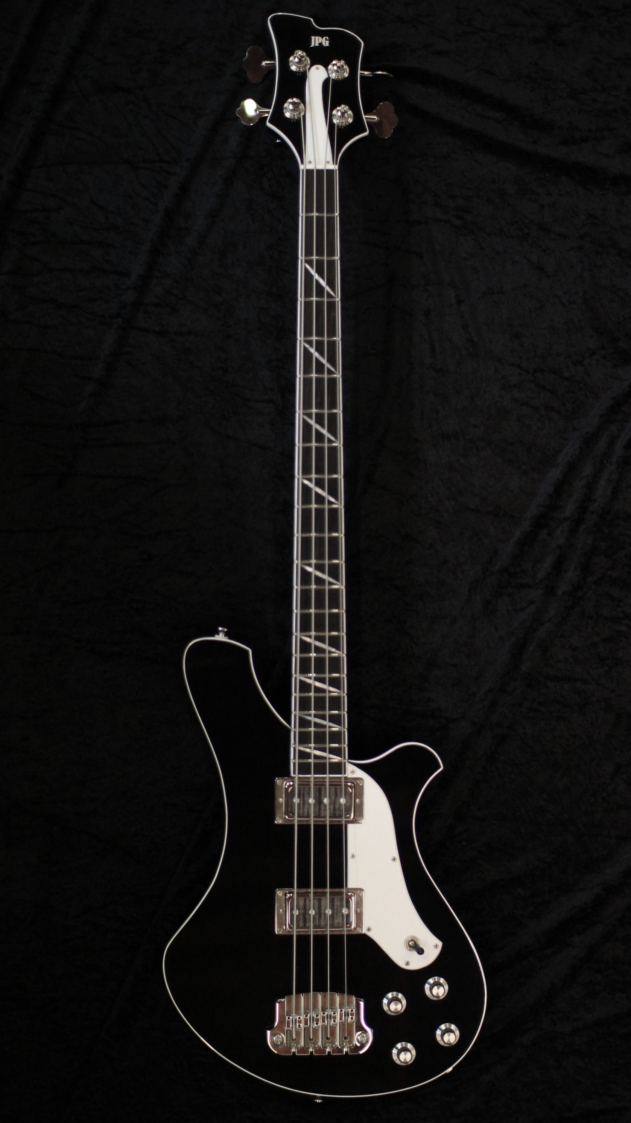 The Pusher - Inspired by the vintage Basses played by my heroes, but with beautiful sleek modern curves.Starting Price £2,700