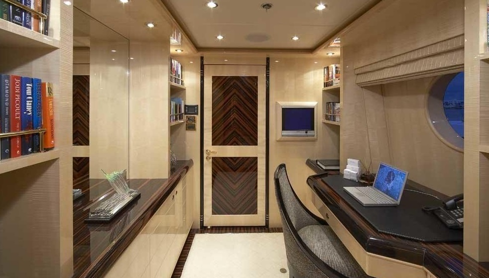 Luxury Charter Yacht Lady Leila Mid Deck Hallway
