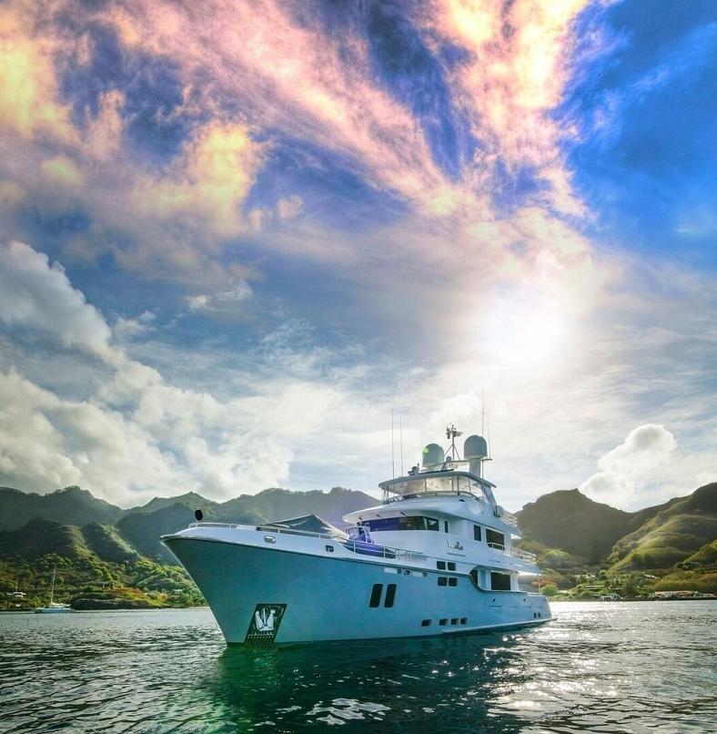 M/Y Vivierai II   Compact explorer yacht VivieRae II, Travel the world in luxury & style.