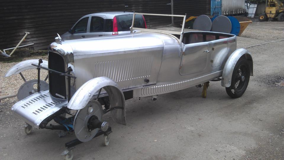 Longford Coachworks Lagonda M45 team car (9).jpg