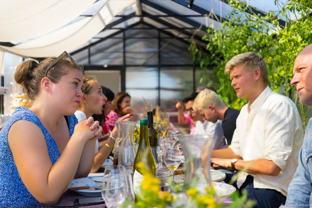copenhagen-cooking-food-festival-stedsans-ostergro-rooftop-urban-farm-organic-social-eating-clean-simple-local-mette-helbaek-denmark-scandinavia-foodie-eat-eating-best-tips-guide-travel-2016-10.jpg