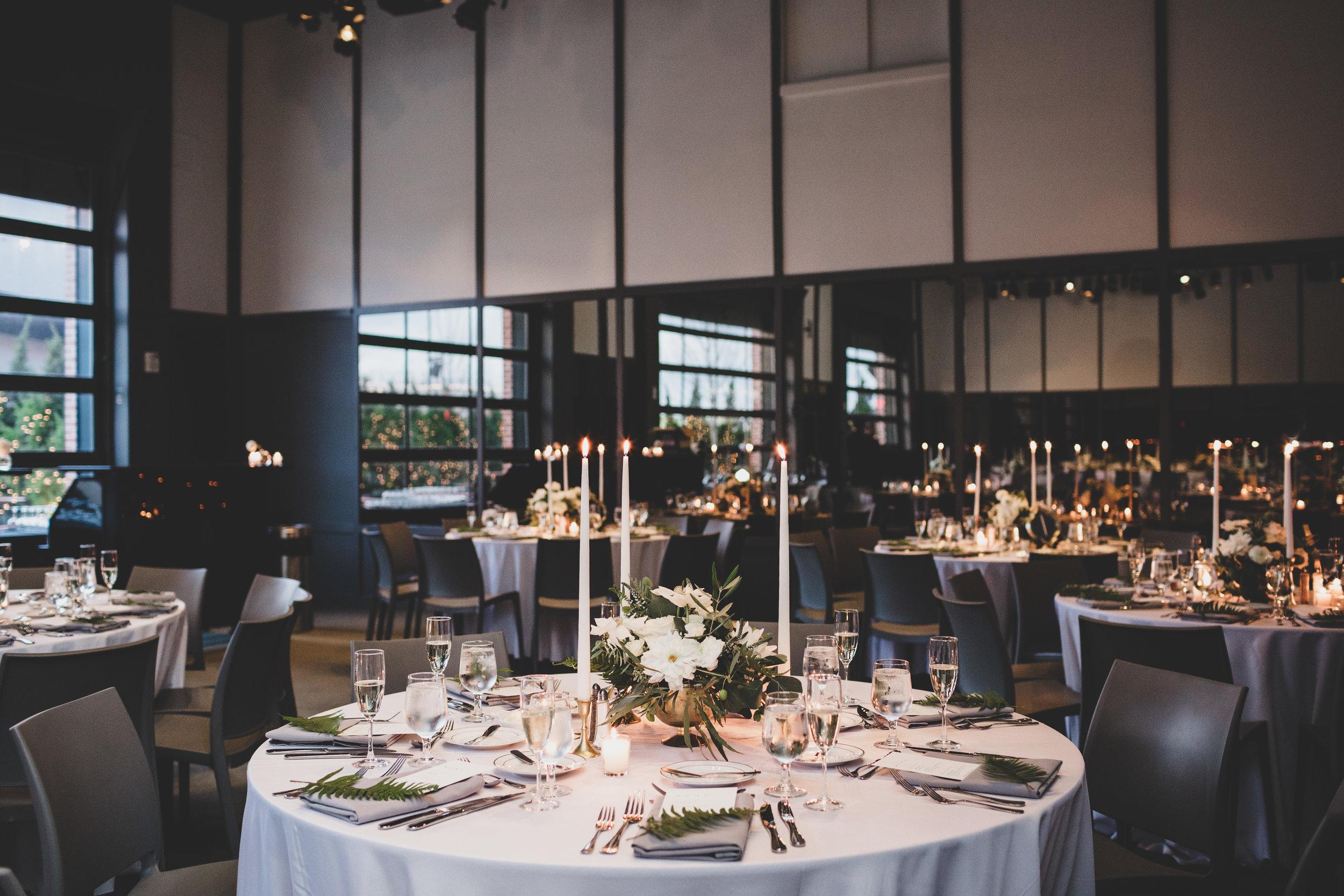 delchop-wood-wedding_cassiecastellaw.com-570.jpg