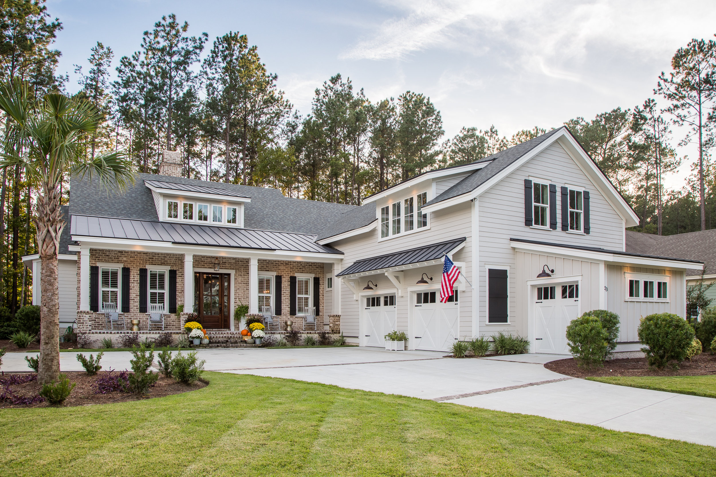 DRIFTWOOD COURT - HILTON HEAD AREA HOMEBUILDERS ASSOCIATIONLIGHTHOUSE AWARD WINNER 2018