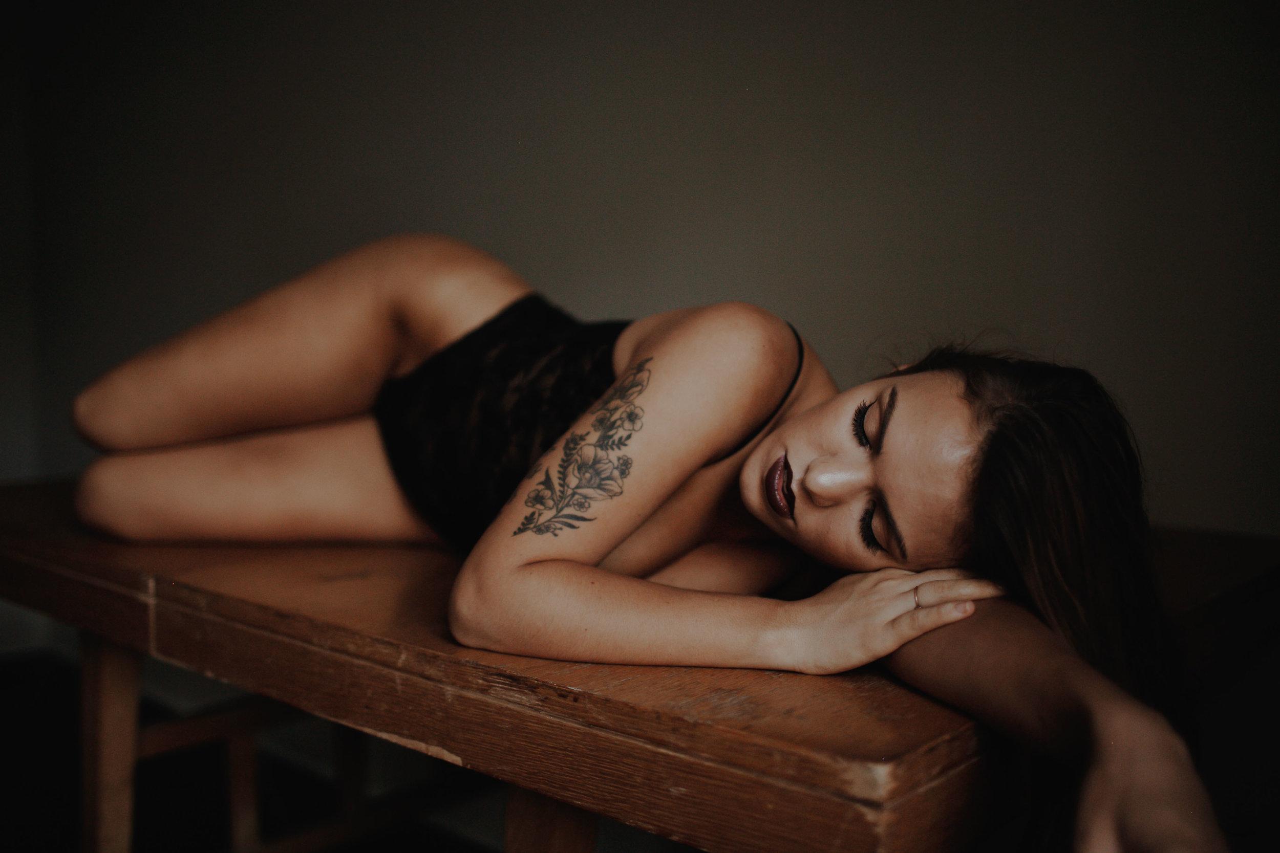 cincinnati boudoir photographer