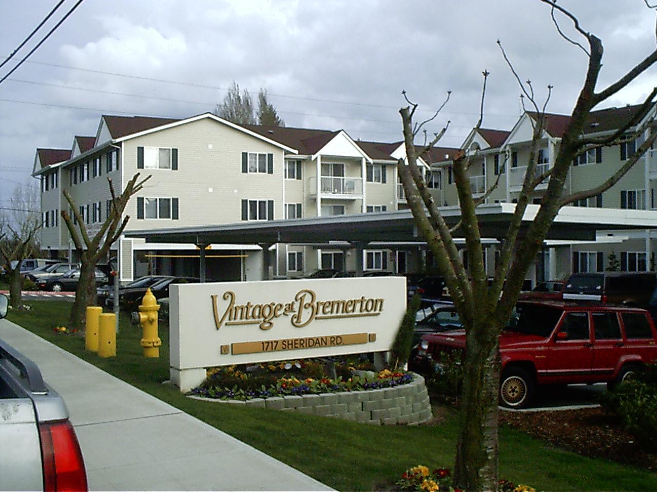Vintage at Bremerton -n Sheridan Road, Bremerton, WA.JPG