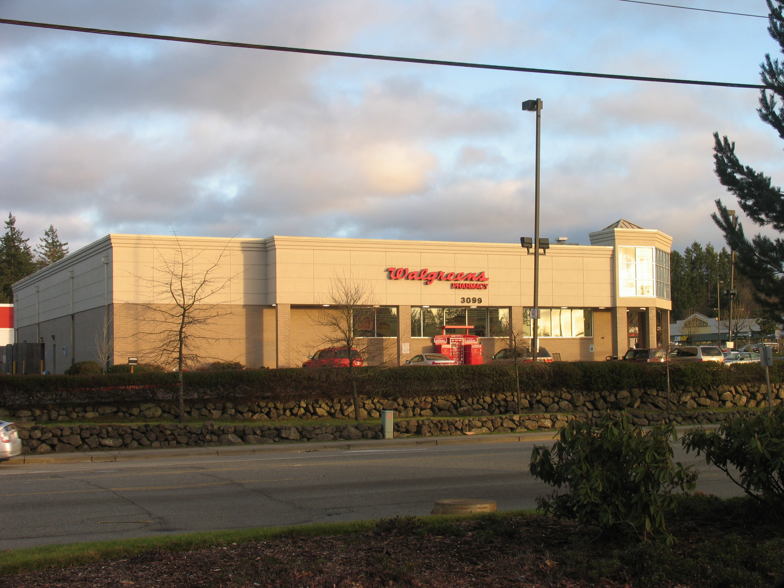 Walgreens - Bethel and Lund, Port Orchard, WA.JPG