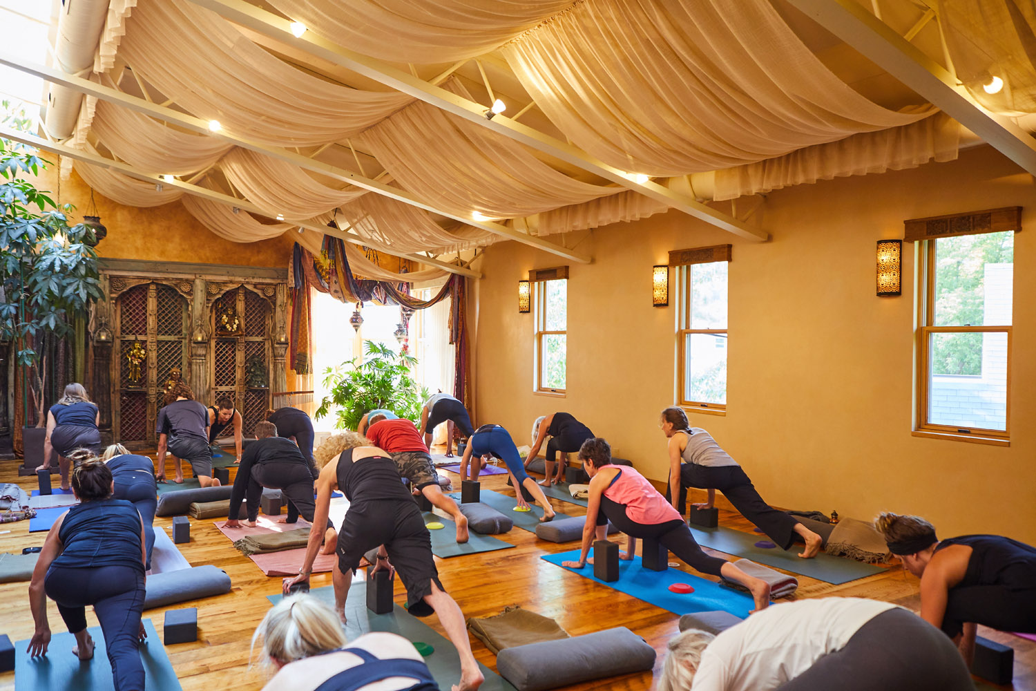 CLASSES - From yoga to dance, from Pilates to meditation, our impactful classes align mind, body and spirit with intention.VIEW SCHEDULE