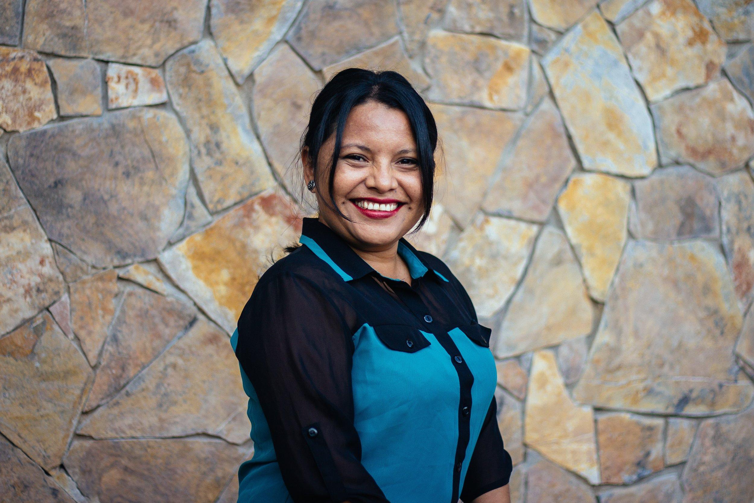 Izabel Hernandez Coffee shop Manager & Barista