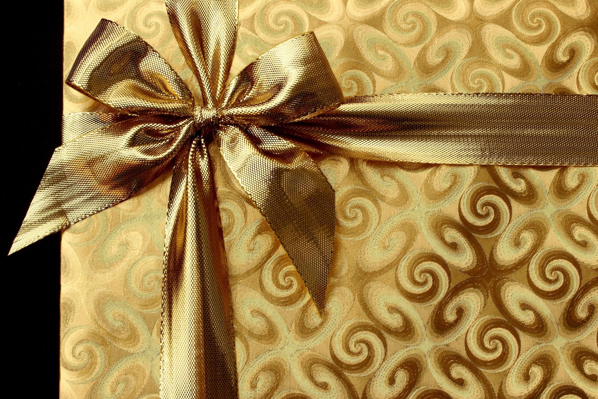 gift-1008894_1920.jpg