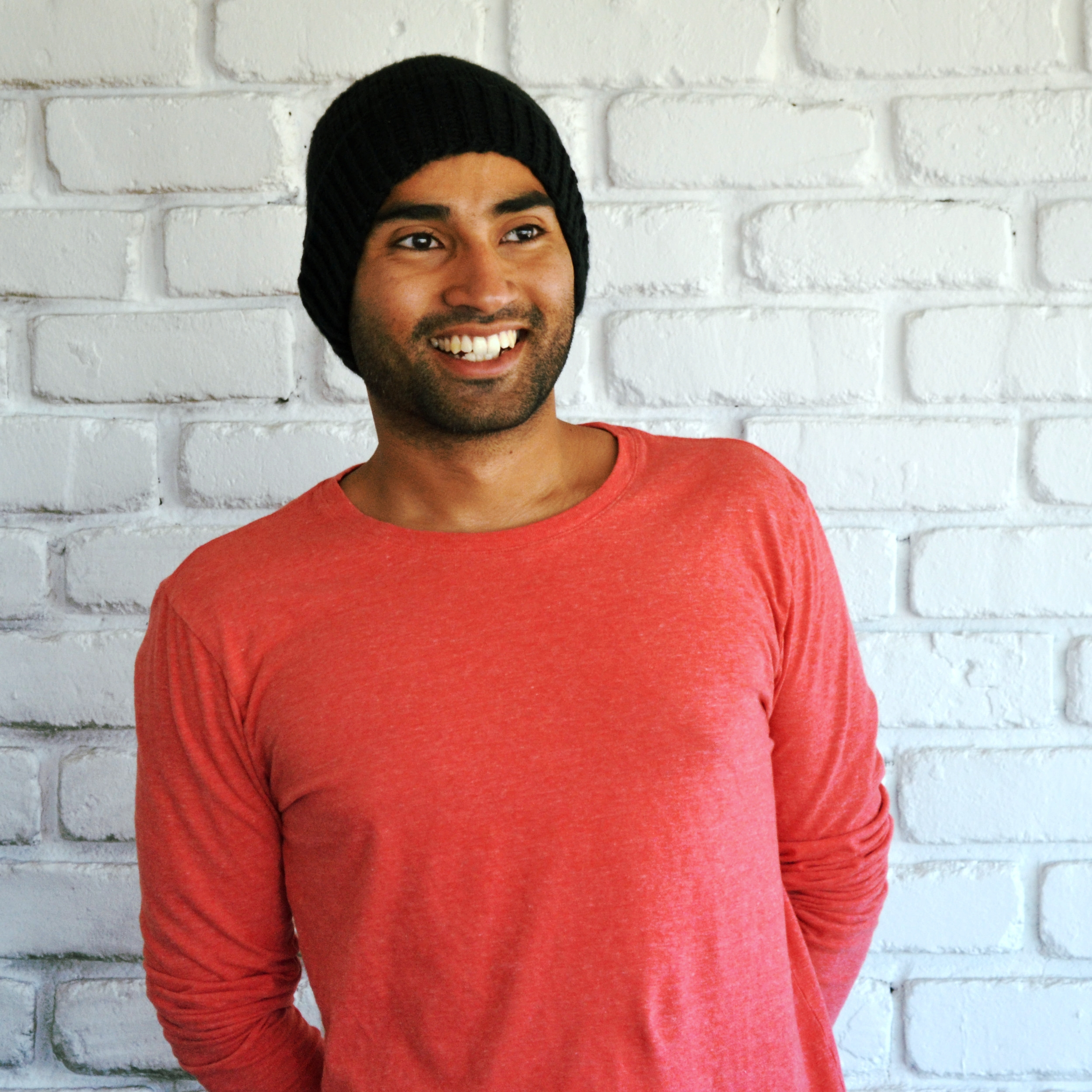Sumeet is an artist and designer. As a teenager, he was apprenticed to a renowned sculptor, a period that changed his life.  He has experience designing for art museums, fashion lines, tech products, non fiction books, novels and more.  Sumeet was inspired by the vision for Moon+Leaf as it questioned his role in modern society.