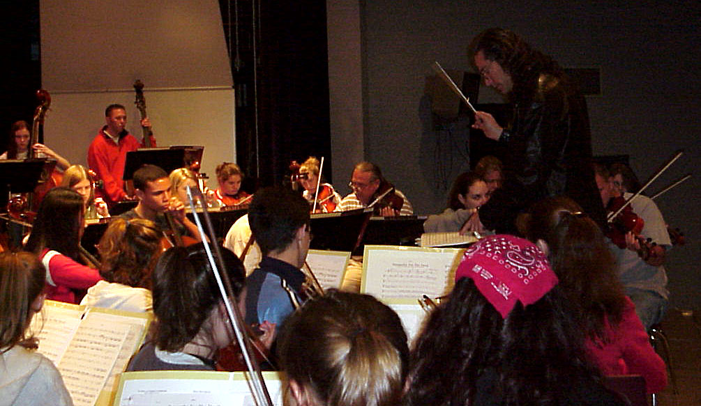 John conducting, RM w:violas.jpg