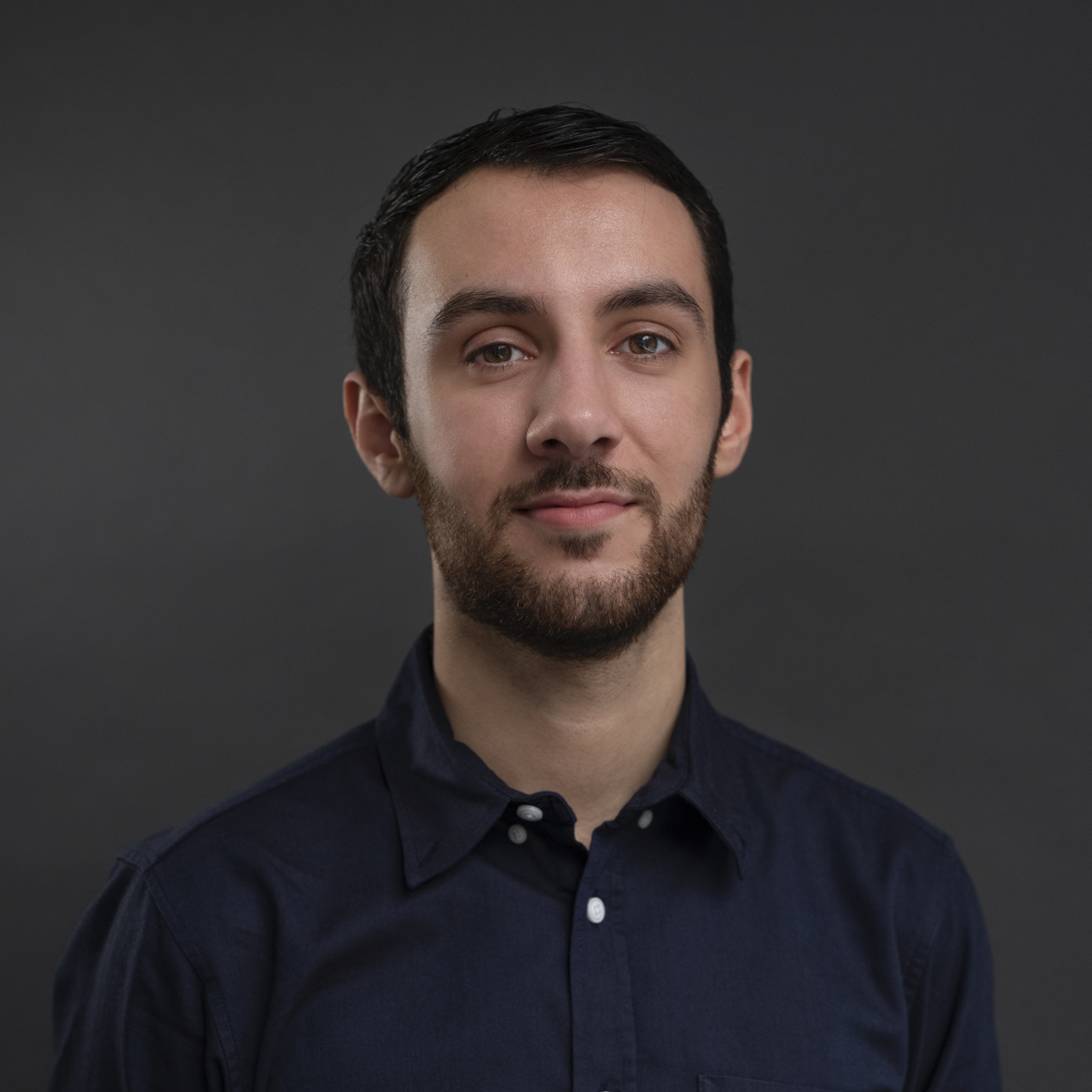 Zak Mahinfar - Office Runner - Zak graduated from the University of Exeter in 2017 with a degree in English Literature. During his degree he completed internships at The Sunday Times and other newspapers, as well as a short course at the NFTS. Shortly after graduating he interned with MBA Literary & Script Agents assisting Diana Tyler before joining the team at Alan Brodie Representation as Office Manager in early 2018.