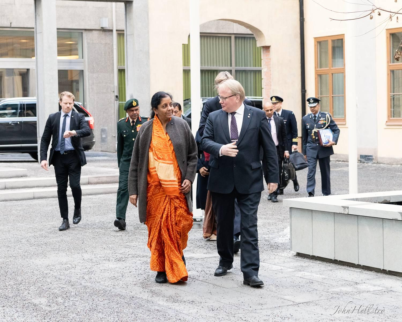 Embassy-of-India-Defence-Minister-Sweden-38.jpg