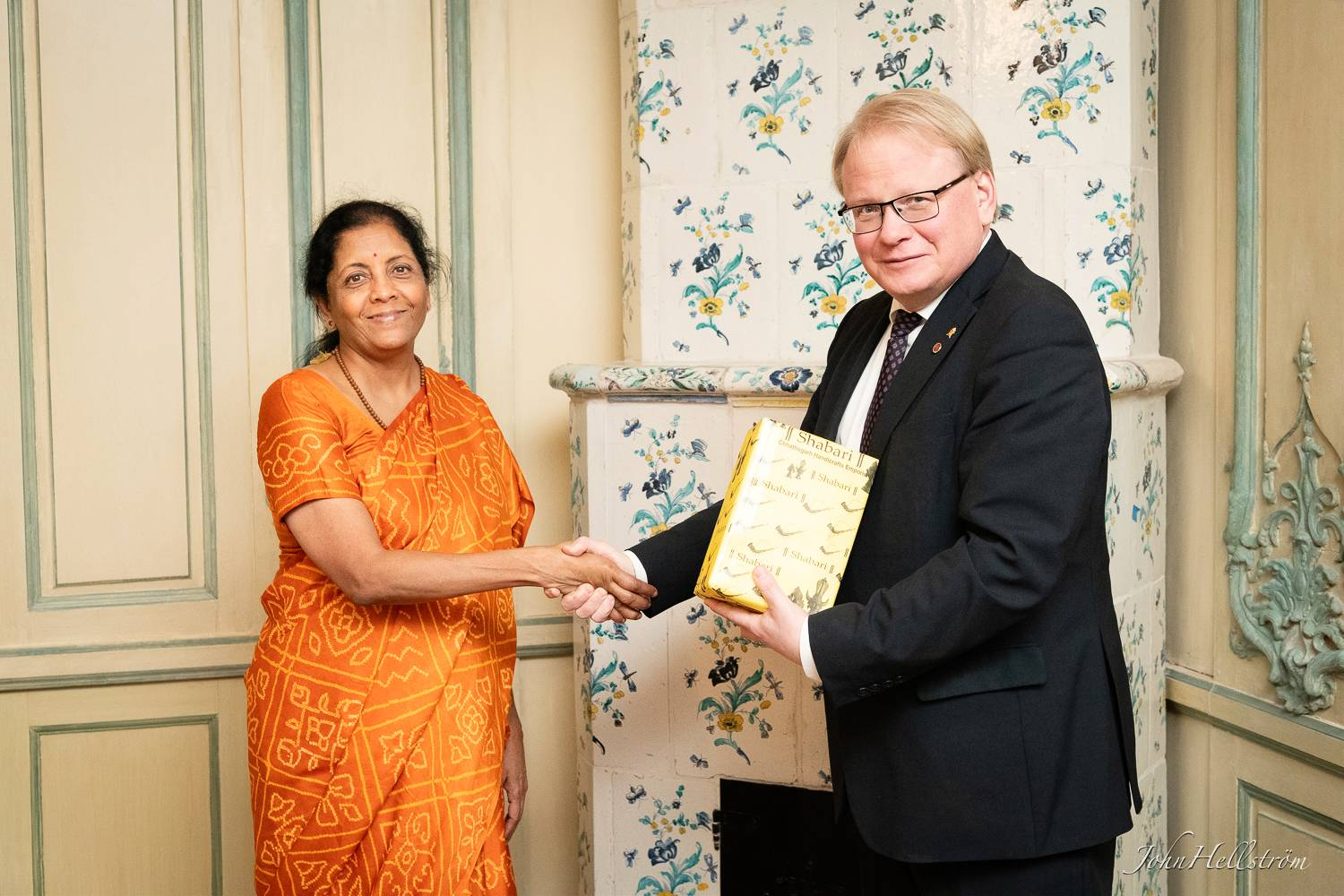 Embassy-of-India-Defence-Minister-Sweden-77.jpg
