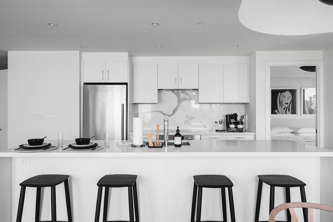 St. Clair condo - Black & White · Bespoke · Designer Favourite