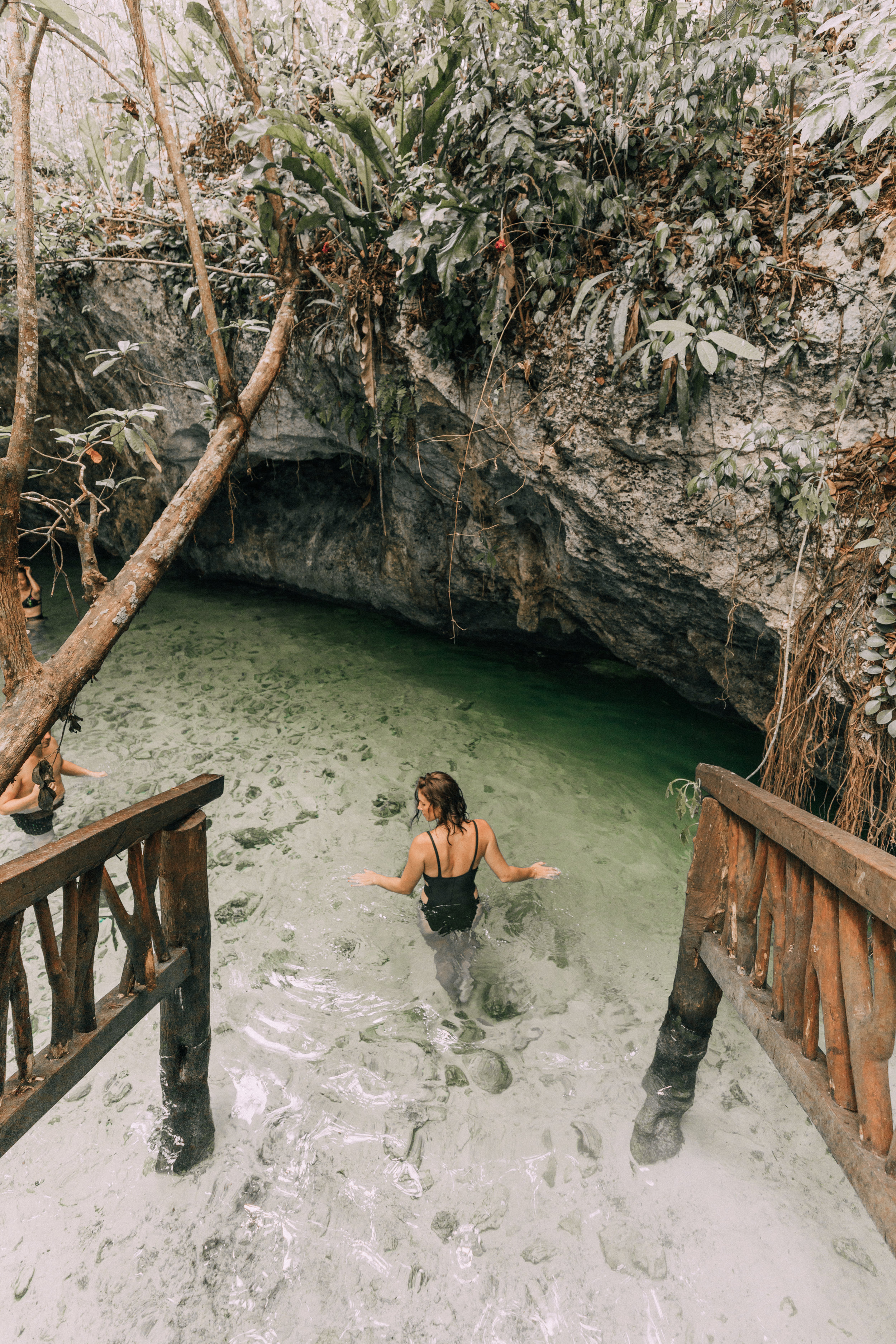 what it's really like to be a travel blogger 1