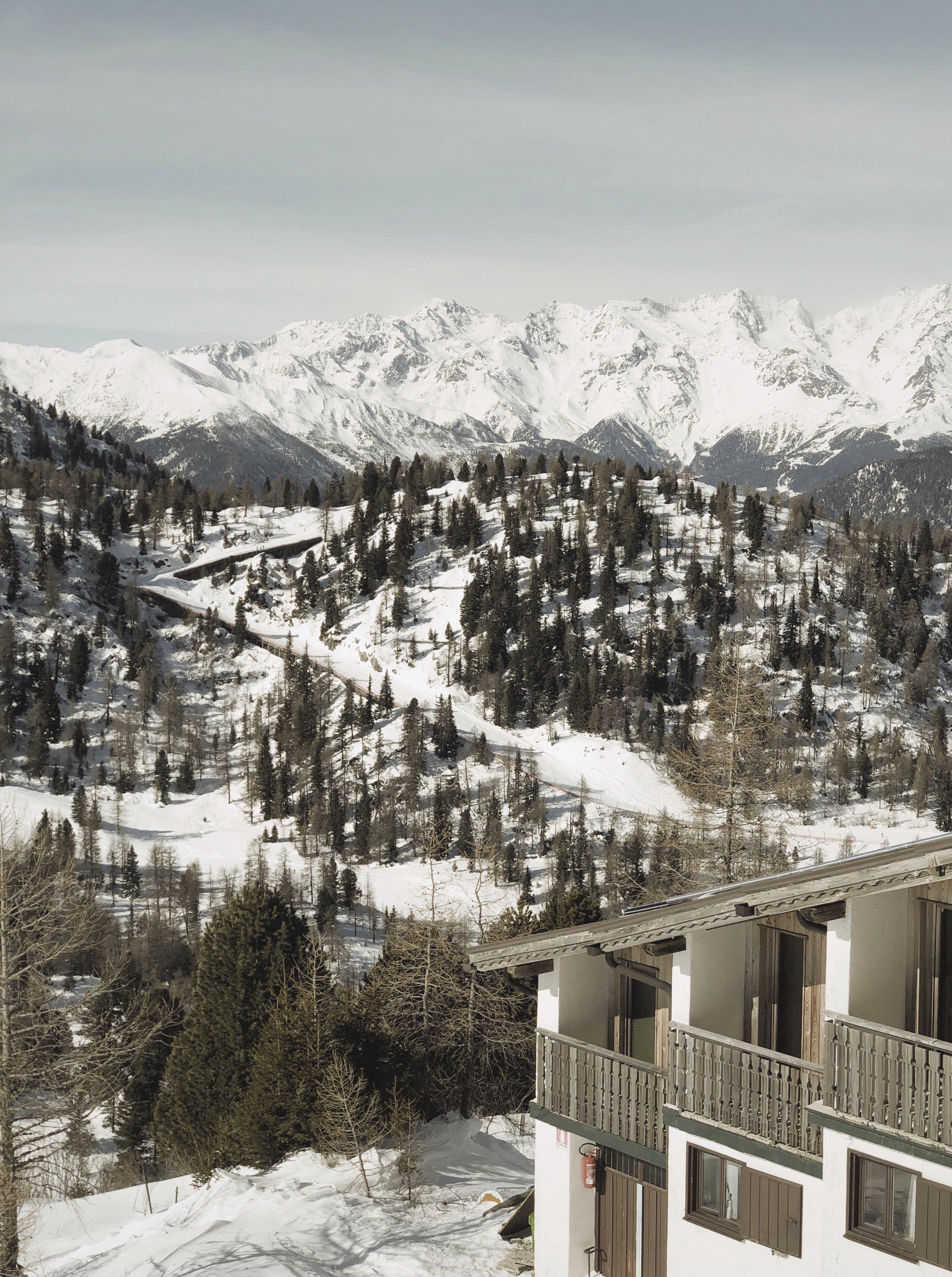 Typowy widok w Marilevie z wzgórza Monte Vigo.