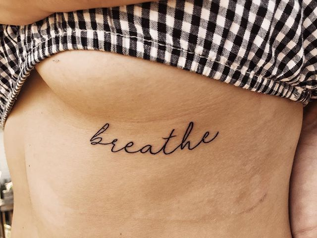 Anxiety is something I've dealt with my whole entire life, through the good times and bad. Last night, through a lot of changes as of late, I decided to do what I've wanted to do for a while now and get a daily reminder forever printed on me. Breathe is something I've constantly has to remind myself to do through anxiety attacks and through every day anxious thoughts. I'm looking at these changes as a start to a new adventure and letting go. I have my whole life ahead of me, it's time to go follow my dreams. #mentalhealthisimportant