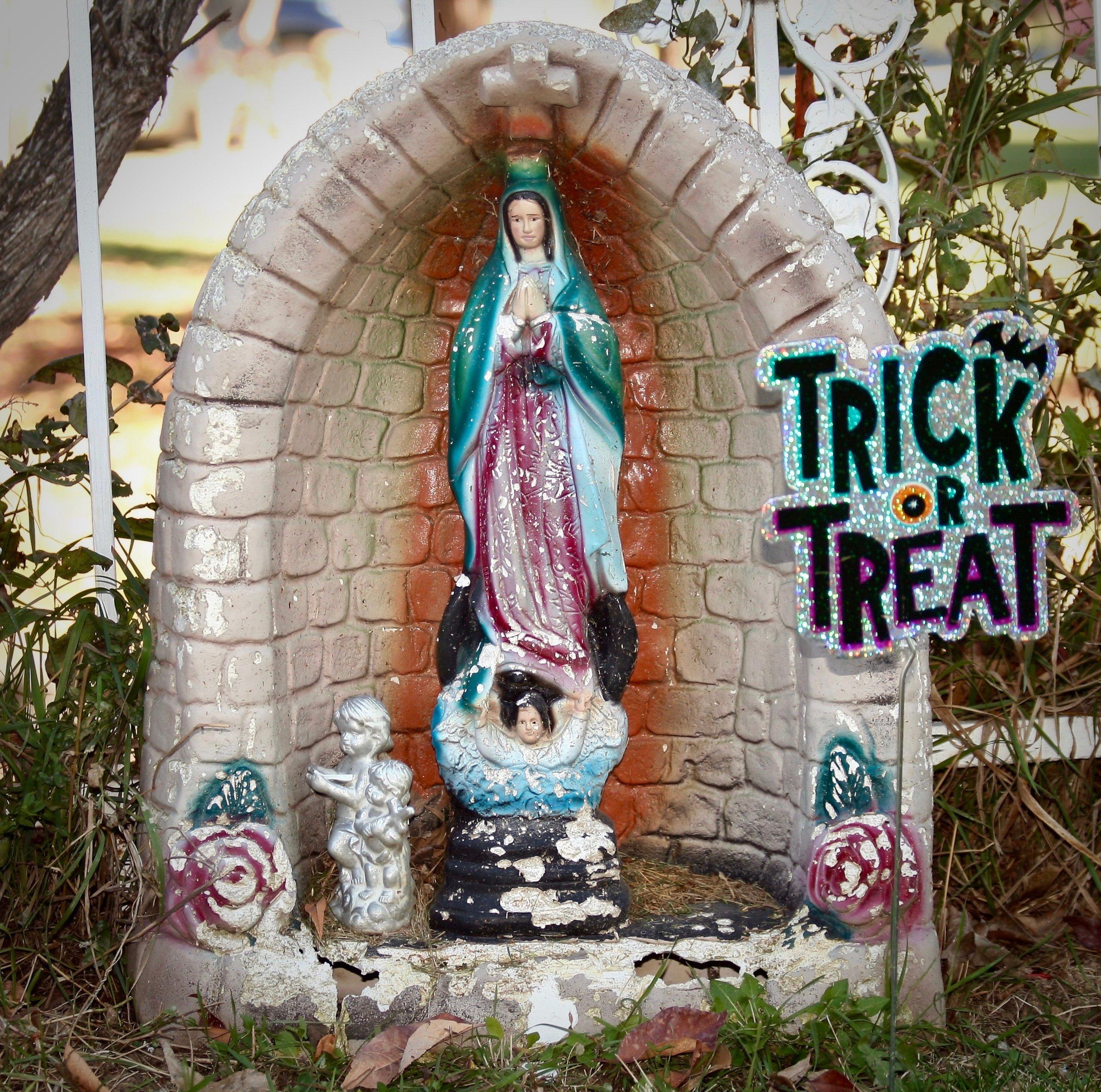 Trick or Treat,  Lafayette Cemetery, Lafayette, CO