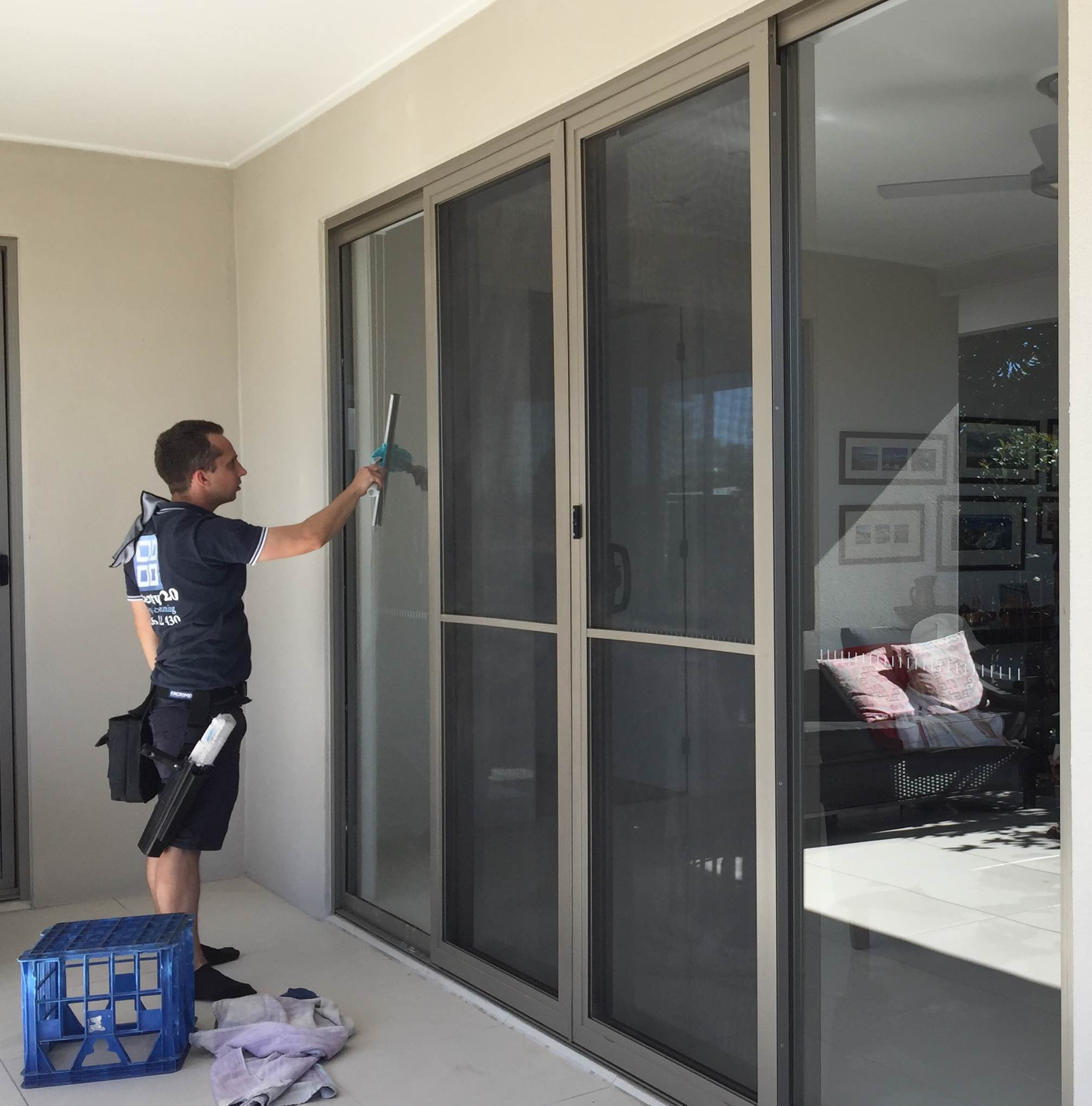 Twenty20 offer a range of window cleaning solutions for homes from Currumbin to Ashmore.