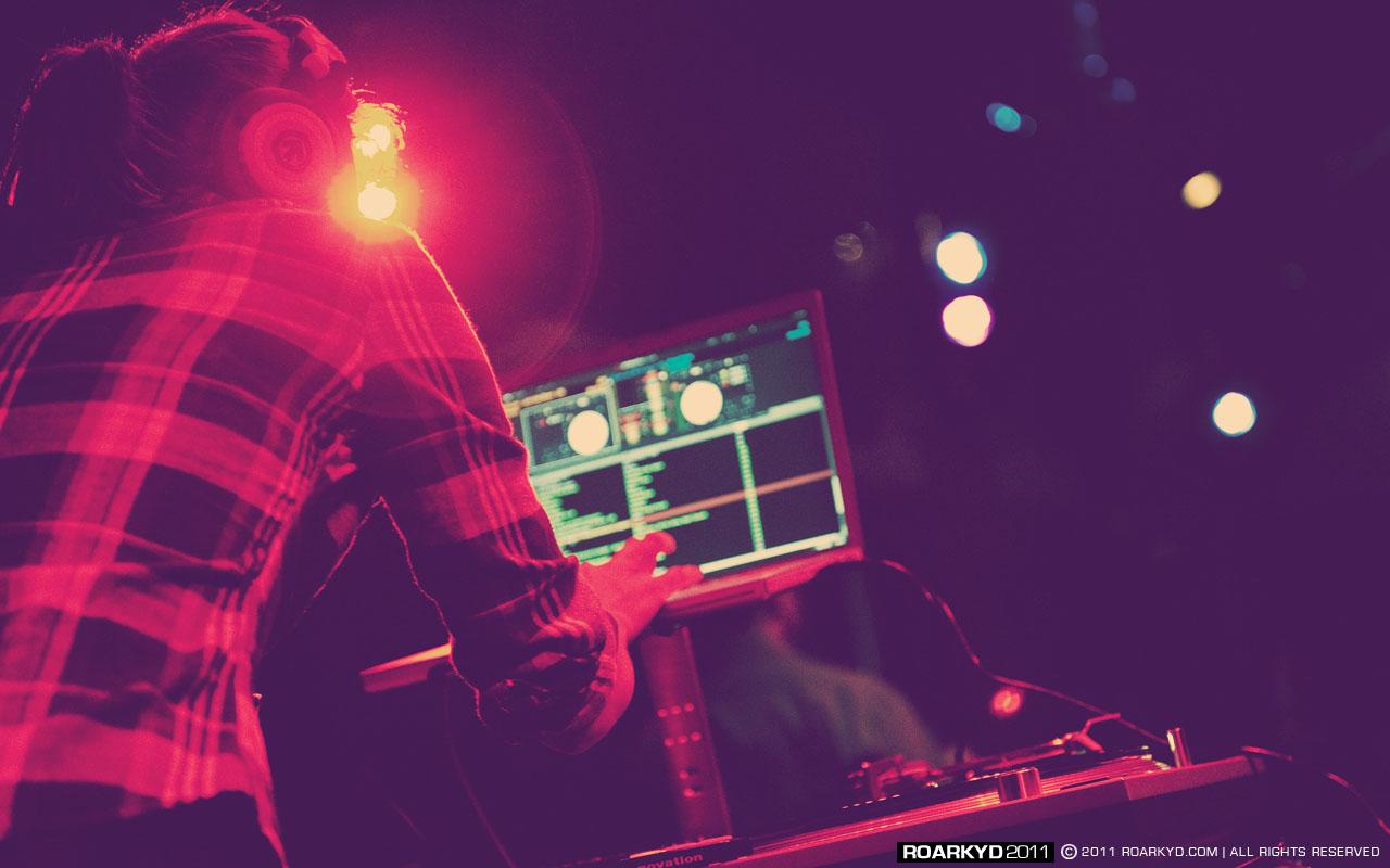 DJMirandom7.jpg