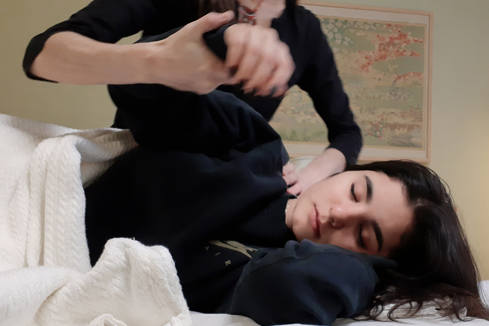 Shiatsu for Teenagers - Teenagers are under an enormous amount of pressure and it's not uncommon for them to experience periods of emotional and physical turmoil. Their bodies are going through rapid change and the demands on them are high. Many teenagers are juggling school, competitive sports, part-time jobs, family and peer groups. I really enjoy working with teens. It is very rewarding to see the changes they experience during a session as their emotional stress lifts and they feel relief from their aches and pains.