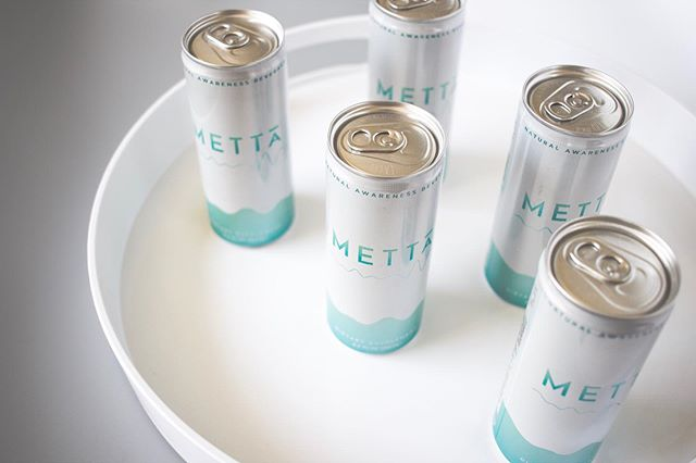 Shooting for @drinkmetta was a good challenge for to work on lighting for a close to all white shoot on a product with some glare! . 📷: for @drinkmetta .  #productstyling #productshoot #foodphotography #photoshoot #commercialphotography #creativelysquared #stilllife #stilllifephotography #stillswithstories #enjoythelittlethings #flashesofdelight #livethelittlethings #thatauthenthicfeeling #seekthesimplicity #flatlay #freelancelife #entrepreneurlife #mycreativebiz #dowhatyoulove #solopreneur #freelancingfemales #femaleentrepreneur #womenwhohustle #womeninfood #foodpreneur #foodindustryconsultant #ipreview