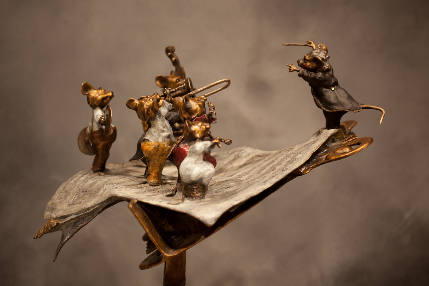 "Micestro Mice (On a Stand) | 38"" x 17"" x 15"" 