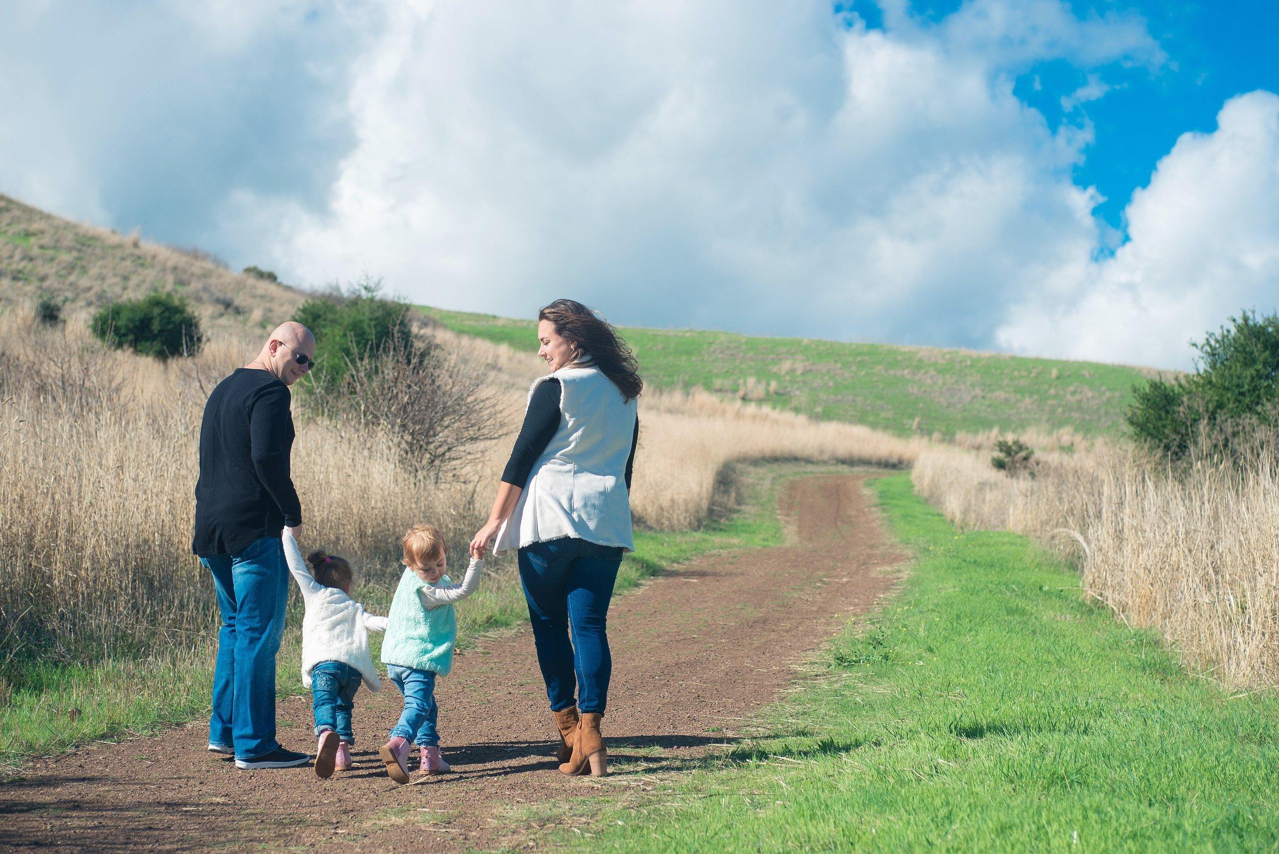 J6 - Hiking Family.jpeg