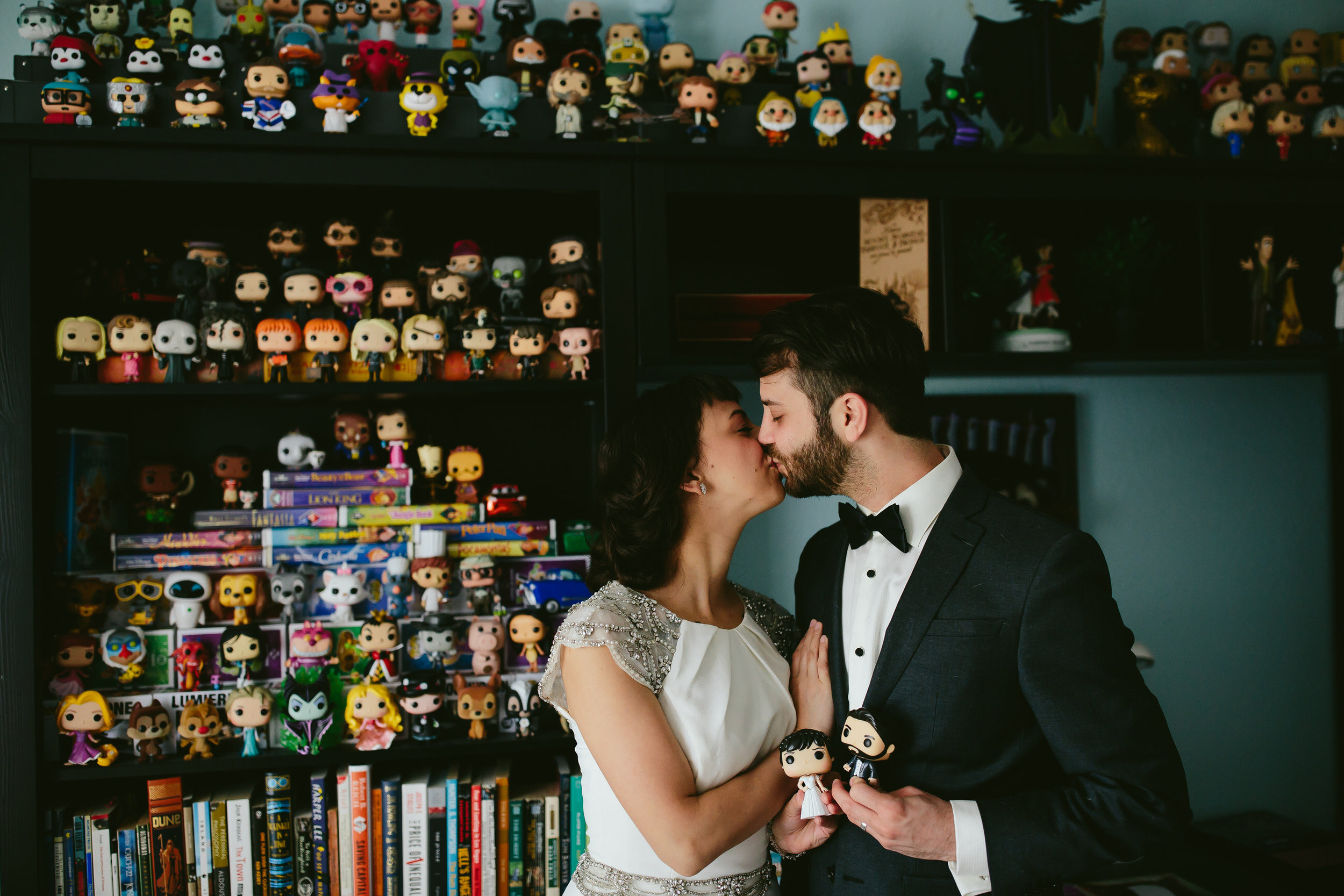 bride_and_groom_cats_in_home_session_wedding_fort_lauderdale_photographer_steph_lynn_photo-153.jpg