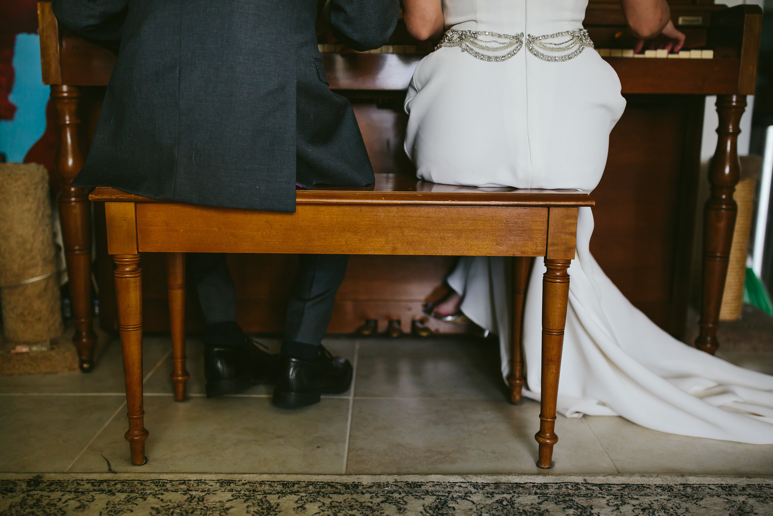 bride_and_groom_in_home_session_wedding_fort_lauderdale_photographer_steph_lynn_photo-9.jpg