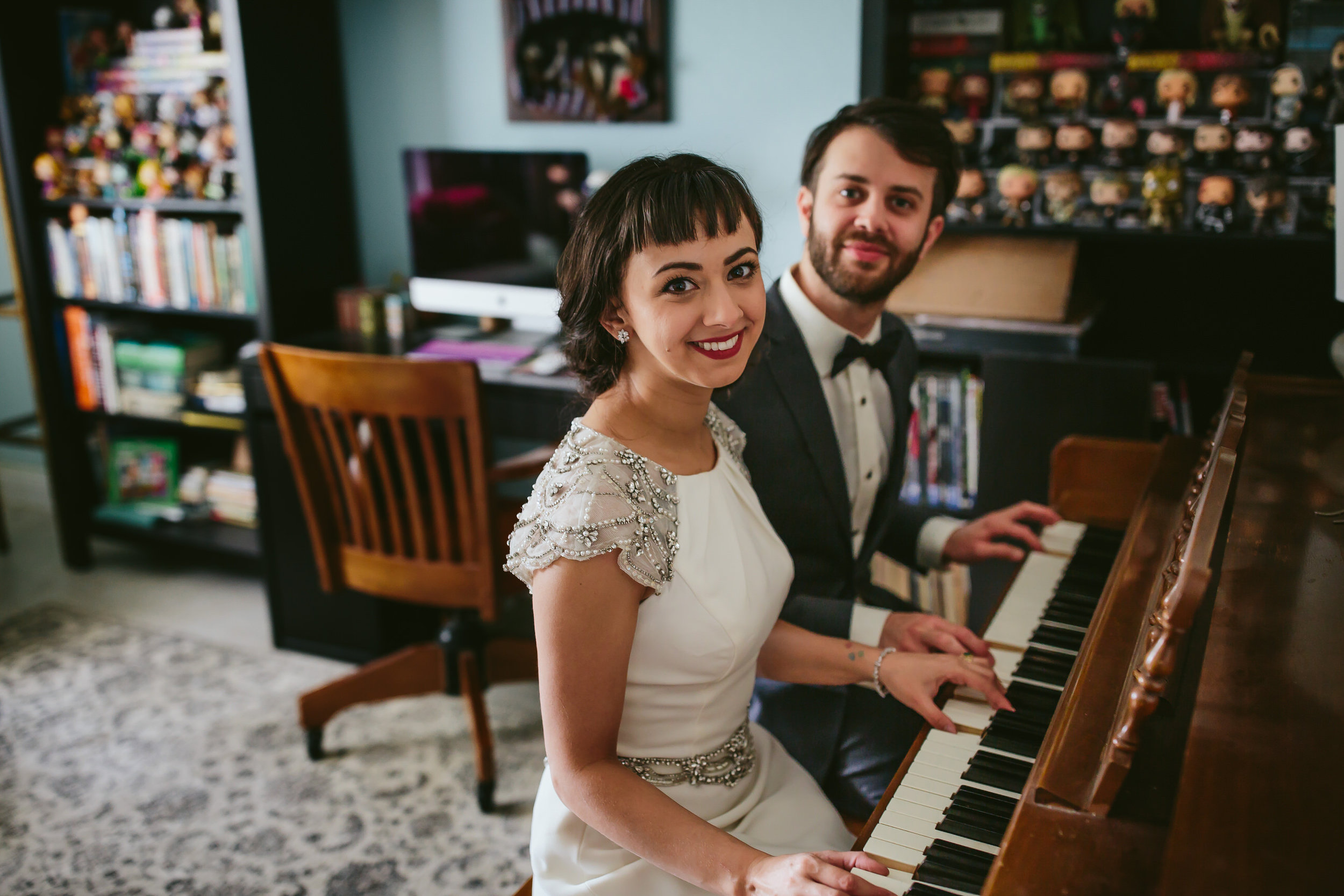 bride_and_groom_in_home_session_wedding_fort_lauderdale_photographer_steph_lynn_photo-11.jpg