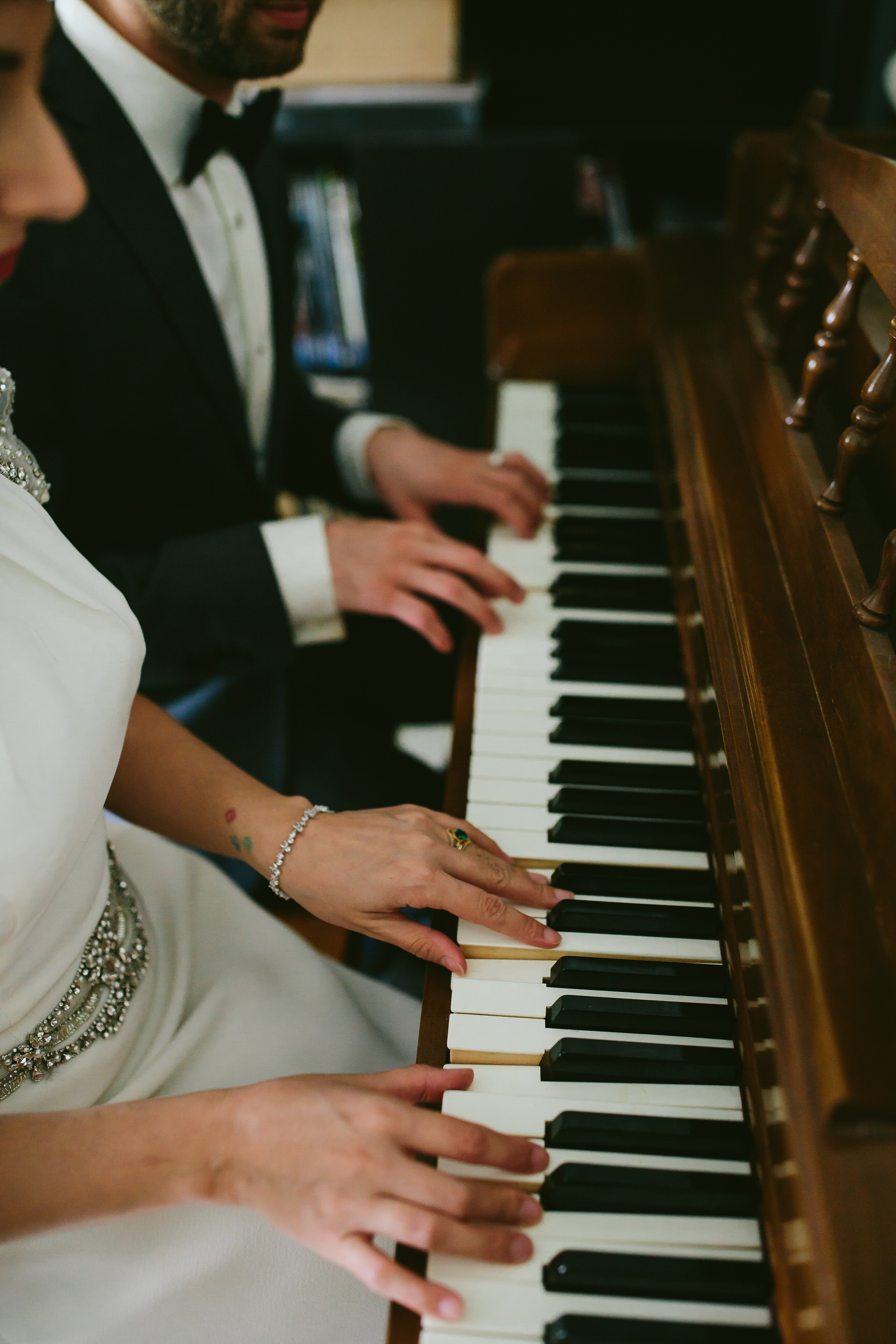 bride_and_groom_in_home_session_wedding_fort_lauderdale_photographer_steph_lynn_photo-17.jpg